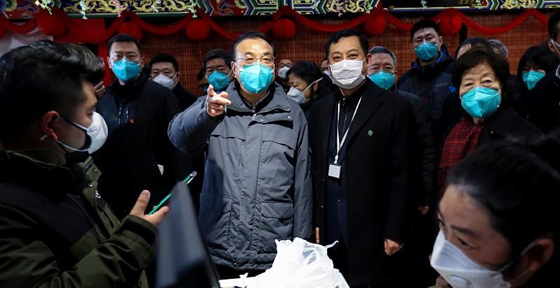 """国务院总理李克强实地考察亚搏体育苹果app下载超市""""抗疫保供""""工作"""